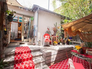 West Hollywood Bungalow Experience~BEST Location! - West Hollywood vacation rentals