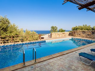 Sea Views at Villa Kimothoe with Large Pool - Amigdhalokefali vacation rentals