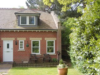 Shell Cottage - Bournemouth vacation rentals