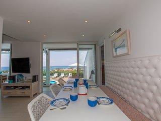 MANGO... 4 BR ... amazing views of Orient Bay await you...enjoy! - Orient Bay vacation rentals