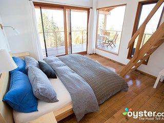 2-Bedroom Suite Bird, 6 guests, at Myra Canyon Ranch above Kelowna - Kelowna vacation rentals