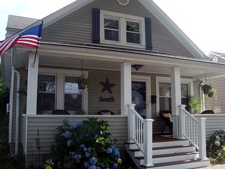 2BR Belmar beach house w/all the comforts of home - Belmar vacation rentals