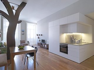 Nature Sense apartment in Sé with WiFi, airconditioning & lift. - Porto vacation rentals