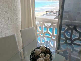 Studio Ocean view, french Balcony and side balcony - Cancun vacation rentals