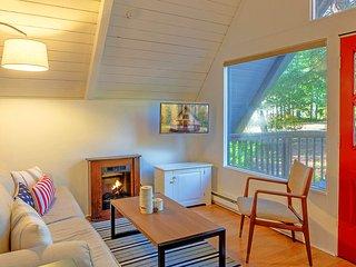 1 bedroom House with Internet Access in Hoodsport - Hoodsport vacation rentals