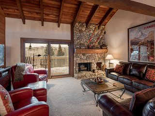 Cozy House with Television and Shared Outdoor Pool - Sun Valley vacation rentals
