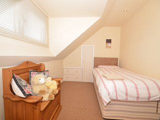 Nice House with Internet Access and Game Room - Galhampton vacation rentals