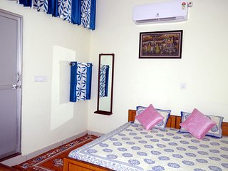 The Midas Guest House, The Personal Care Home, Vaishali Nagar Jaipur - Jaipur vacation rentals