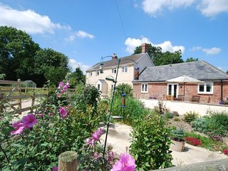 1 bedroom House with Internet Access in Buckland Newton - Buckland Newton vacation rentals