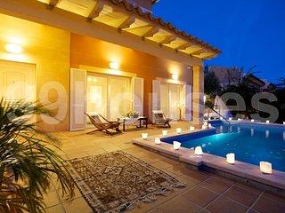Beautiful villa near the sea in Aucanada - Alcudia vacation rentals