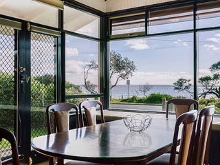 Beach Front Beauty - Ocean front views - Dromana vacation rentals