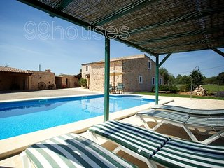 Beautiful Villa with Internet Access and Shared Outdoor Pool - Felanitx vacation rentals