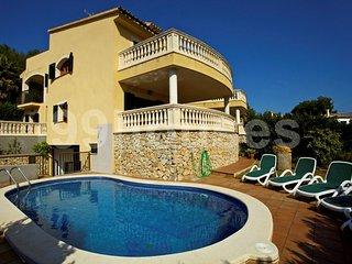Spacious detached villa with pool - Alcudia vacation rentals