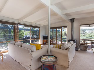 Canterbury Jetty Road - with wrap around deck - Blairgowrie vacation rentals