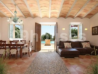 Beautiful country house with Mediterranean decoration - Porto Cristo vacation rentals