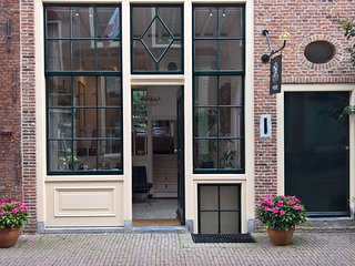st.PIERRE - luxury short stay apartment - Leiden vacation rentals