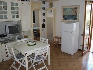 MARY - Trilocale a Marcelli piano terra con giardino - Marcelli di Numana vacation rentals