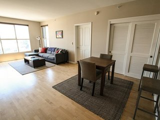 Furnished 1-Bedroom Apartment at S Van Ness Ave & Plum St San Francisco - San Francisco vacation rentals