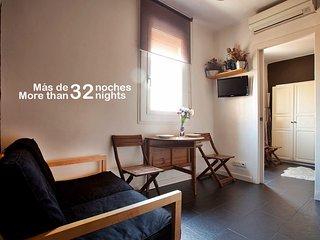 Atlantida Beach Apartment. Barceloneta Area - Barcelona vacation rentals