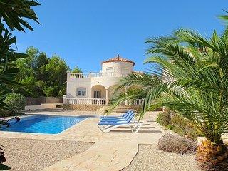 Sunny 3 bedroom Villa in L'Ametlla de Mar with Television - L'Ametlla de Mar vacation rentals