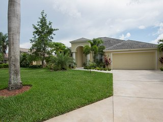 Briarwood Naples Lake View with Saltwater Pool - Naples vacation rentals