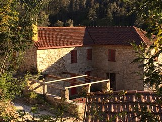 Back to nature, stone cottage in beautiful Galician countryside - Monfero vacation rentals