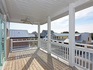 Pinfish - Updated and secluded home - Carolina Beach vacation rentals