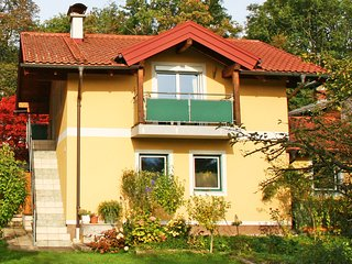 Comfortable Condo with Internet Access and Television - Salzburg vacation rentals