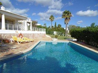Casa Catos - Guia vacation rentals
