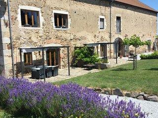 Gites le Grand Tornage / l Hirondelle - Evaux-les-Bains vacation rentals