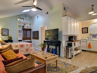 Cozy Guest Cottage in Cultural District - Fort Worth vacation rentals