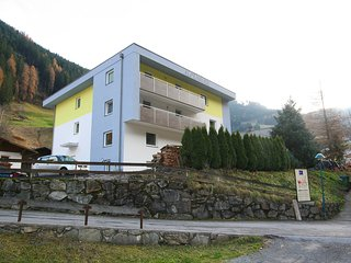 3 bedroom Apartment with Internet Access in See - See vacation rentals