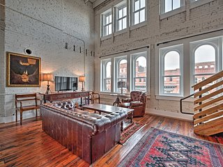 Stunning Downtown Knoxville Loft - Prime Location! - Knoxville vacation rentals
