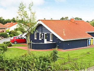 Bright 3 bedroom Otterndorf House with Television - Otterndorf vacation rentals