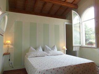 B&B Casa Formica Appartamento Formichino - Navacchio vacation rentals