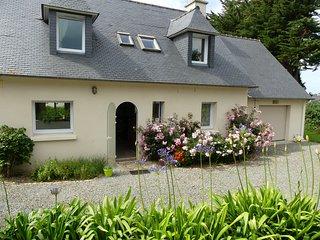 """Gîte """"La Rose Saint-Claude"""", vue sur mer, Bretagne - Penvenan vacation rentals"""