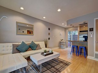LOCATION and LUXURY - Walk to ACL, SXSW, & 6th St - Austin vacation rentals