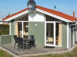 Bright Gromitz vacation House with Internet Access - Gromitz vacation rentals