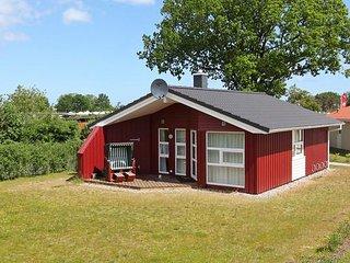 Cozy 2 bedroom House in Gromitz with Television - Gromitz vacation rentals