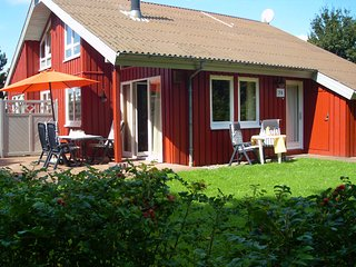 Nice House with Television and Microwave - Extertal vacation rentals