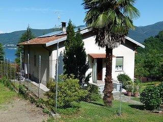 Nice 3 bedroom House in Castelveccana - Castelveccana vacation rentals