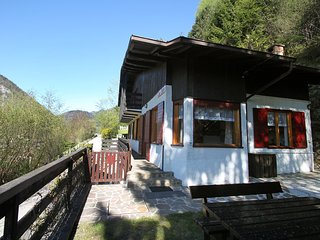 Nice 4 bedroom House in Molina di Ledro - Molina di Ledro vacation rentals