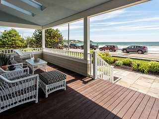 Amazing Oceanfront 5 BR. 4.5BA right on Gooch's Beach! All BR's w/ view of Ocean - Kennebunkport vacation rentals