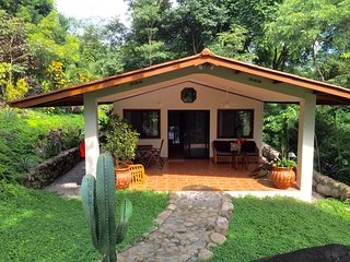 Comfortable House with Internet Access and A/C - Caldera vacation rentals