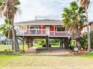 Cute getaway cottage near the beach! - Freeport vacation rentals