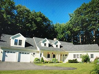Beautiful 4 BR, Close to Everything!! Walk to Gooch's Beach and Dock Square! - Kennebunkport vacation rentals