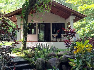 Nice 1 bedroom Caldera Cottage with Deck - Caldera vacation rentals