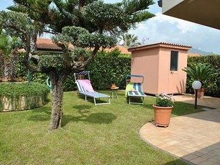 3 bedroom House with Internet Access in Salto di Fondi - Salto di Fondi vacation rentals