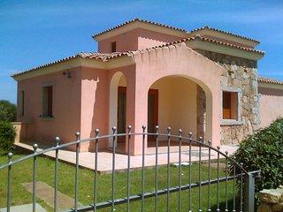 Beautiful 2 bedroom Condo in San Teodoro with Television - San Teodoro vacation rentals