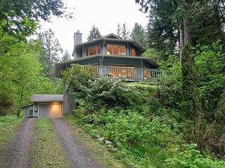 2 bedroom House with Wireless Internet in Glacier - Glacier vacation rentals